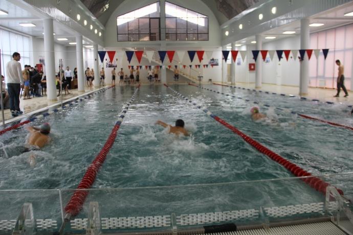 Дагестан занял десятое место в рейтинге регионов, где дороже всего стоят занятия плаванием   Новости  