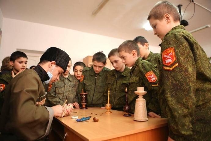 Республиканский Дом народного творчества организовал мастер-классы для кадетов | Новости |