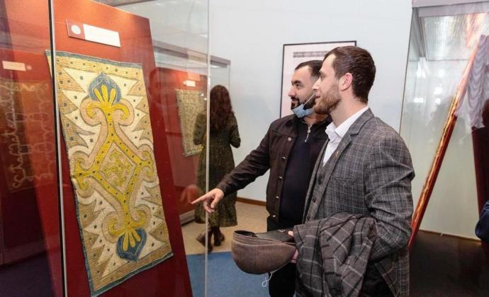 Кайтагская вышивка Дагестана экспонируется в Санкт-Петербурге | Новости |