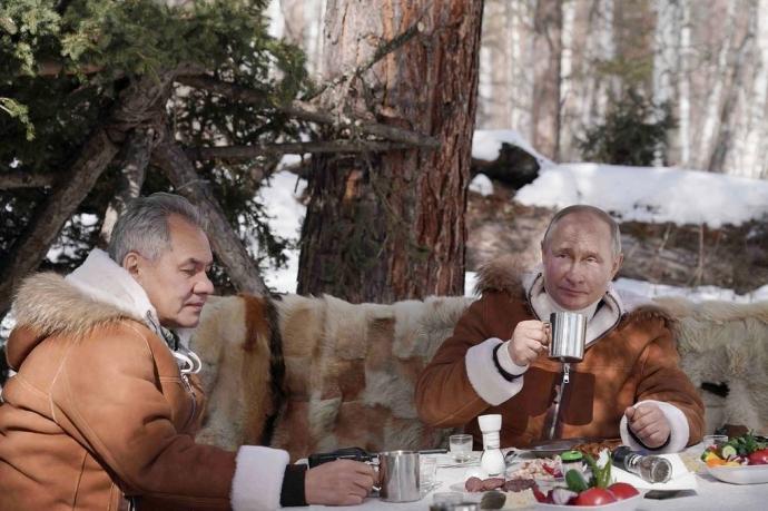 Путин и Шойгу провели выходные в сибирской тайге | Новости |