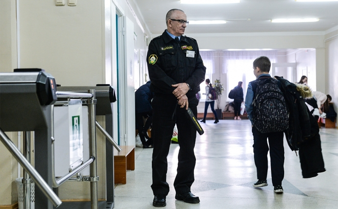 Минобрнауки Дагестана рекомендовало руководителям школ усилить меры безопасности в образовательных учреждениях | Новости |
