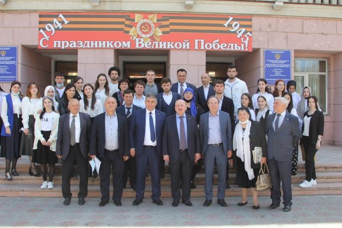 В ДГПУ прошла встреча с депутатом Госдумы Гаджиметом Сафаралиевым   Новости  