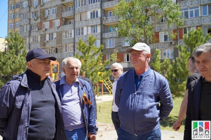 В Каспийске ко Дню Победы благоустроили сквер   Новости  